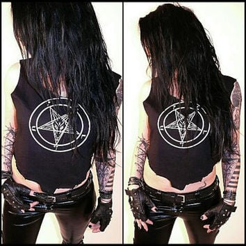 Casual Pentagram Tank Top Shirt - Bikershirt Gothicshirt Heavymetal Deathrock Blackmetal Shredded Destroyed Cutted Casual Look Hot Sexy