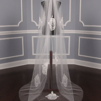 St. Pucchi M9368 Bridal Veil on Sale - Your Dream Dress