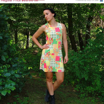 20% OFF SALE 1990's Geometric Mini Sundress. Colorful Mod Dress. Sleeveless. Tank Dress. Gogo. XS Small