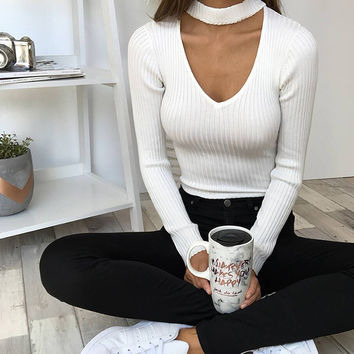 Sexy Halter V Hollow Out Knit Triangle Short Jumpsuit