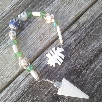 Bone Pendulum, Real Animal Bone Altar Tool, Wiccan Pendulum,Sugar Skull  Crystal Pendulum, Divination readings, witchcraft wicca