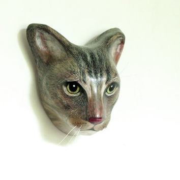 Custom cat portrait / Cat memorial wall mount, art sculpture, faux taxidermy