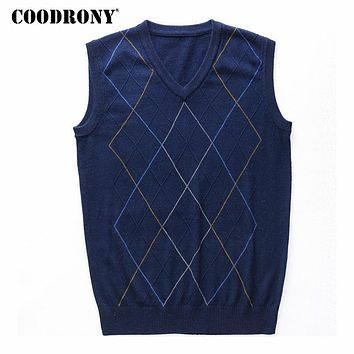 COODRONY Casual Argyle V-Neck Sleeveless Vest Men Clothes 2018 Autumn Winter New Arrival Knitted Cashmere Wool Sweater Vest 8174