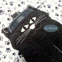 Black Cat with Glow in the Dark Eyes Zipper Case Phone Camera Pouch