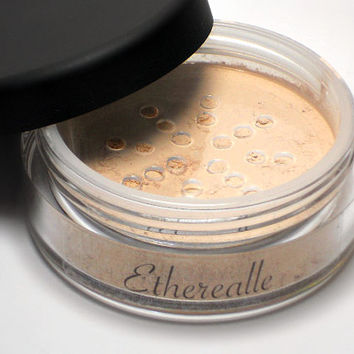 Vegan Mineral Powder Foundation - Delicate - CREME (light shade with pink undertone)