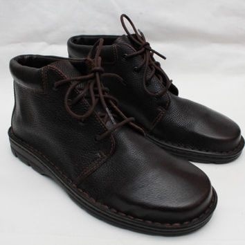 "Never Worn- 90's Vintage ""CHEROKEE"" DARK BROWN Leather Ankle Boots Sz: 9.5 (Women's Exclusive)"