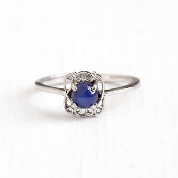 Vintage 10k White Gold Created Star Sapphire Filigree Ring - Retro 1970s Size 7 3/4 Blue Asterism Cabochon September Birthstone Fine Jewelry