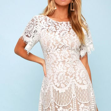 Pearson White Lace Short Sleeve Dress