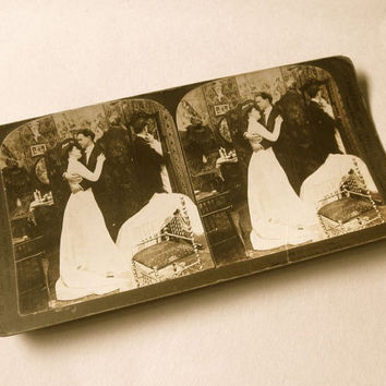 Alone at Last 1903 Stereograph Card Antique Sepia Photo Gibson Girl // Stereoscopic Stereoview Stereo Card // Honeymoon Embrace