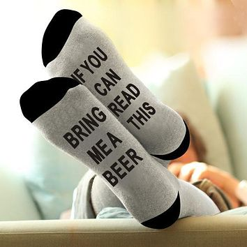 2017 ST09 2017 Unisex IF YOU CAN READ THIS BRING ME A BEER Fashion Socks Cotton Christmas Socks Funny Warm Socks