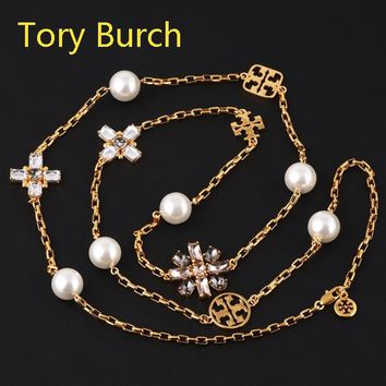 Tory Burch New High quality Fashion Floral Diamond Gem Pearl Pendant Long Section Women Necklace Golden