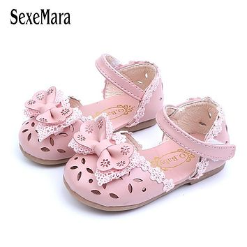 012316cc79267 2019 Lovely Baby Girls Shoes Princess Lace Flowers Newborn Sandals  Breathable Hollow Leather Sandals for Toddler