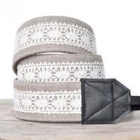 MADE TO ORDER - Camera Strap - Linen and Lace - Natural