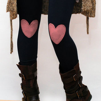Pink heart patched leggings, tights in black