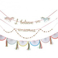 I Believe In Unicorns Garland