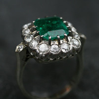 Emerald & Diamond Cluster Ring White Gold w/ Platinum Claw Setting by Ruby Gray's | Ruby Gray's Antique & Vintage Rings
