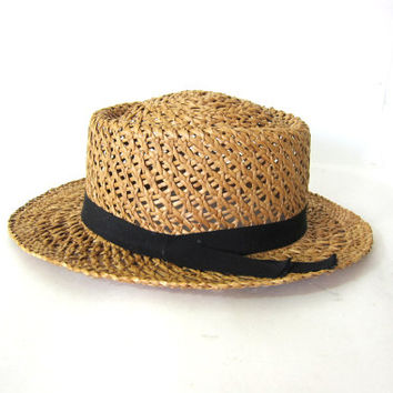vintage womens brim hat. straw sun Hat. Woven raffia with black band