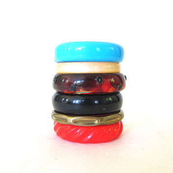 6 Vintage Bangle Bracelets stacking costume jewelry Hipster Chic