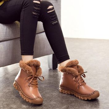 A520 Warm Thick Cotton Winter Boots Girls 2018 Fashion New Casual Female Genuine Leather Flat Snow Boots Short Plush Shoes