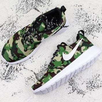 Nike Roshe Run Print Green Camo Running Shoes