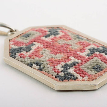 Handmade embroidered Pendant Fashion Jewelry Accessories designer Gift ideas