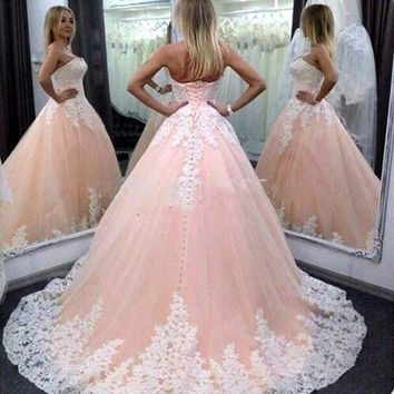 Pink Puffy Ball Gown Long Quinceanera Dresses 2017 Vestidos De Anos White Appliques Sweet Prom Party