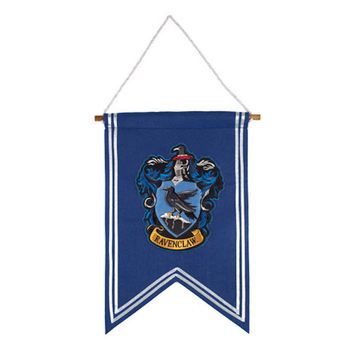 Universal Studios Harry Potter Ravenclaw House Crest Banner New with Tags
