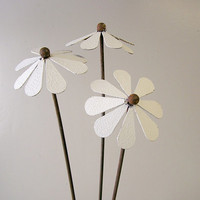 metal flower, daisy, set of 3, garden art, plant stake, assorted colours available