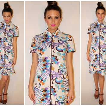 Vintage 70s ASIAN Dress, MOD Psychedelic Oriental Print Knee Length, MANDARIN Collar, Medium