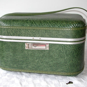 Green Train Case & KEY  Vintage Weekender Travel Bag