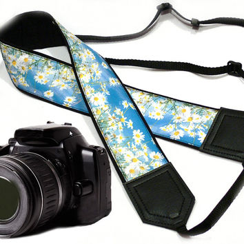 Daisies Camera Strap. DSLR / SLR Camera Strap. Photo Camera accessories. For Sony, canon, nikon, panasonic, fuji and other cameras.