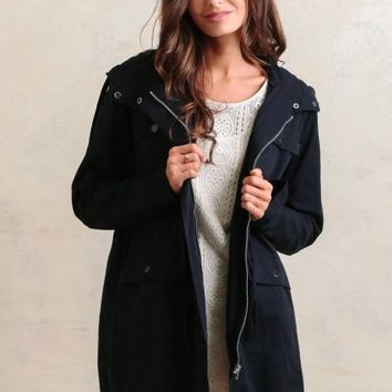 Lynden Hooded Utility Jacket In Navy