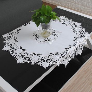 yazi White Embroidered Flower Cutwork Tablecloth Round Lace Fabric Fridge Microwave Table Cover Home Decor