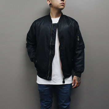 Mikes Reversible Jacket (Black)
