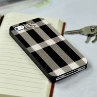 Burberry Special Logo iPhone 4 or 4s 5 5s 5c case and Samsung galaxy s3 s4 case