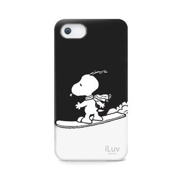 iLuv ICA7H383BLK Snoopy Sports Series Hardshell Case for Apple iPhone 5 and iPhone 5S - 1 Pack - Retail Packaging - Black