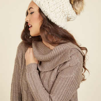 It Only Goes to Snow Hat in Cocoa | Mod Retro Vintage Hats | ModCloth.com