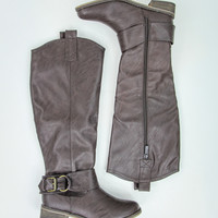 Brilliant Boots in Brown