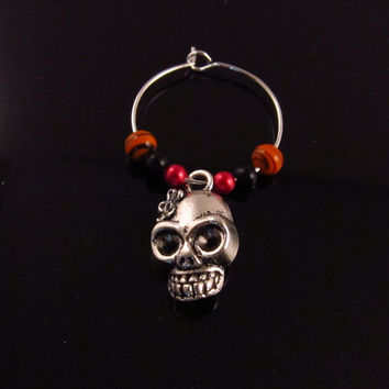 Halloween Wine Glass Charm, Halloween Party Gift, Holiday Wine Glass Charm, Skull Wine Glass Charms, Personalized Wine Glass Charms