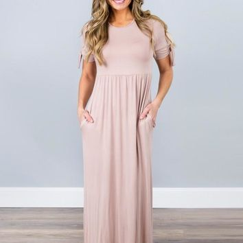 Knot Your Average Maxi Dress