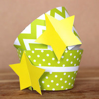 Lime Green Star 3D Cupcake Wraps -  DIY printable party supplies – cupcake wrappers for baby showers or birthdays - INSTANT DOWNLOAD