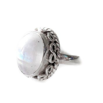 Sterling Silver Natural Oval Rainbow Moonstone Filigree Design Ring Day-First™