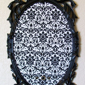 ORNATE VINTAGE FRAME Magnet Board-Black and White Damask Weddings Kitchen Office Nursery Memo Board Organizer Decorative Corkboard