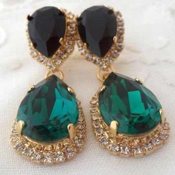 Emerald green and black Chandelier earrings, green gold, Bridal earrings, 14k Gold, Dangle earrings, Drop earrings, Swarovski earrings