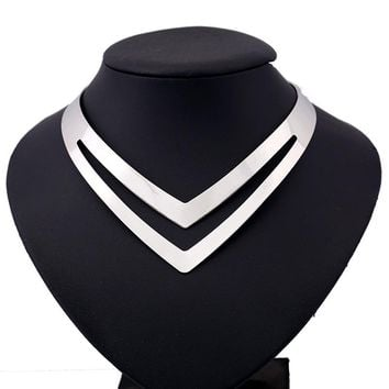 Geometric Torques Smooth Metal Choker