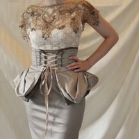 Two Tone Stone Brown Cincher Skirt with Bow Size by Stravaigrant