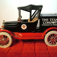 Texaco 5 Bank 1918 Ford Runabout Die Cast 1988 Vintage  Bank or Toy