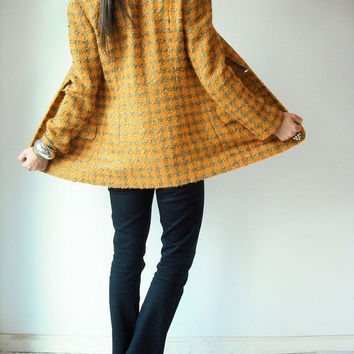ON SALE.... 80's Vintage ANNE Klein Marigold Yellow and Gold Houndstooth Blazer Jacket