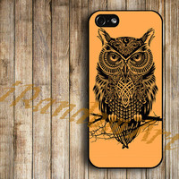 iPhone 5 Case iPhone 5 Cover iPhone 5 Cases unique case for apple iPhone 5 - Owl