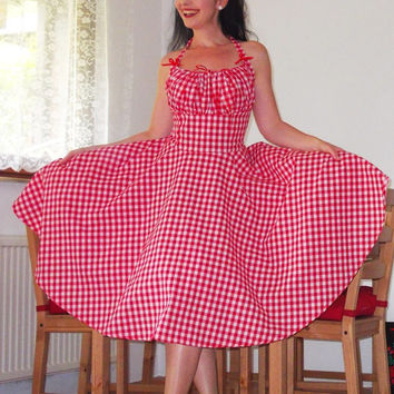 Pinup dress 'Lollipop dress in red and white gingham' full circle skirt gathered bust rockabilly dress, gingham dress 50s, very rockabilly